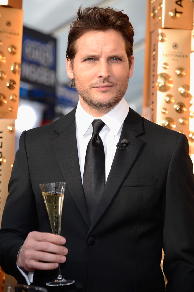 Hair Stubble「19th Annual Screen Actors Guild Awards - Red Carpet」:写真・画像(3)[壁紙.com]