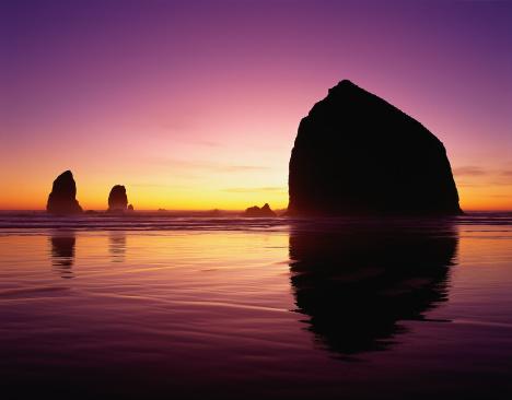 Cannon Beach「Haystack rock & needles, Cannon Beach, OR」:スマホ壁紙(0)