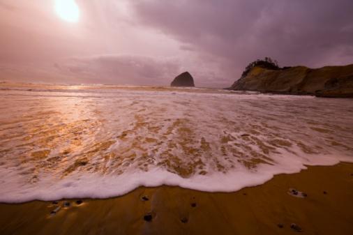 Basalt「Haystack Rock, Cape Kiwanda, Oregon Coast, Oregon, USA」:スマホ壁紙(12)
