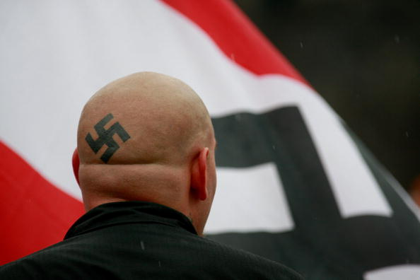 アメリカ合衆国「Neo-Nazis Protest Outside Skokie Holocaust Museum Dedication」:写真・画像(16)[壁紙.com]