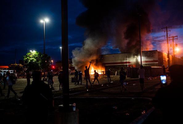 Stephen Maturen「'I Can't Breathe' Protest Held After Man Dies In Police Custody In Minneapolis」:写真・画像(14)[壁紙.com]