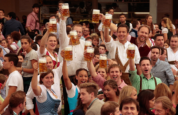 Munich「Oktoberfest 2015 - General Features Day 1」:写真・画像(8)[壁紙.com]