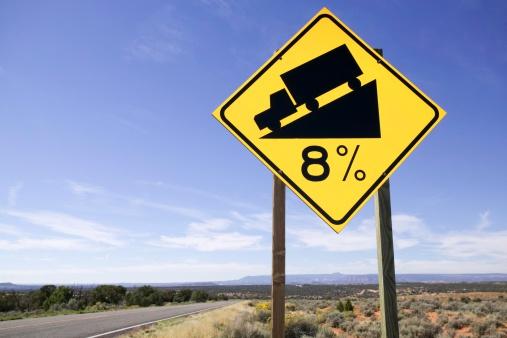 数字の8「Road sign indicating steep grade」:スマホ壁紙(14)