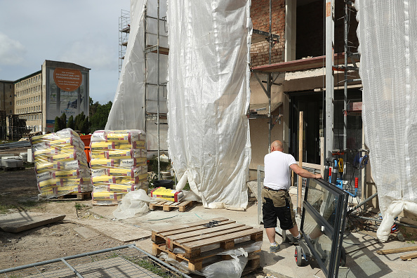 Construction Site「Prora, Once A Nazi-Era Ruin, Now Under Development」:写真・画像(11)[壁紙.com]