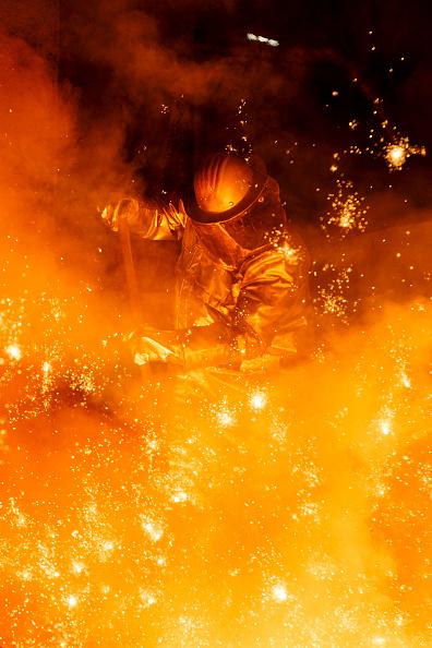 Molten「Steel Production At Salzgitter AG」:写真・画像(4)[壁紙.com]