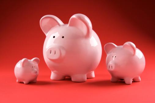 Figurine「Three piggy banks」:スマホ壁紙(5)