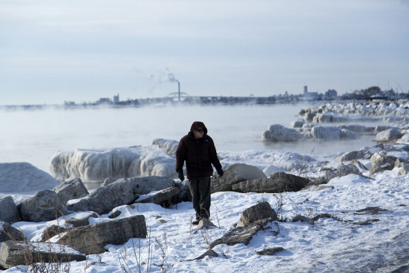 Wisconsin「Polar Vortex Weather System Brings Artic Temperatures Across Wide Swath Of U.S.」:写真・画像(11)[壁紙.com]