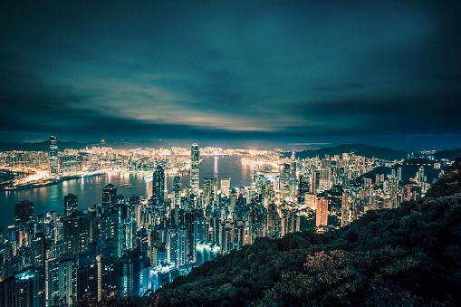 Victoria Peak「Hong Kong cityscape at night from Victoria Peak」:スマホ壁紙(5)