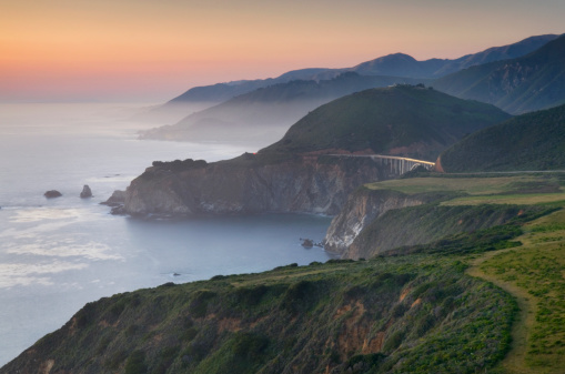 Bixby Creek Bridge「Rugged coastal headlands of Big Sur California」:スマホ壁紙(6)