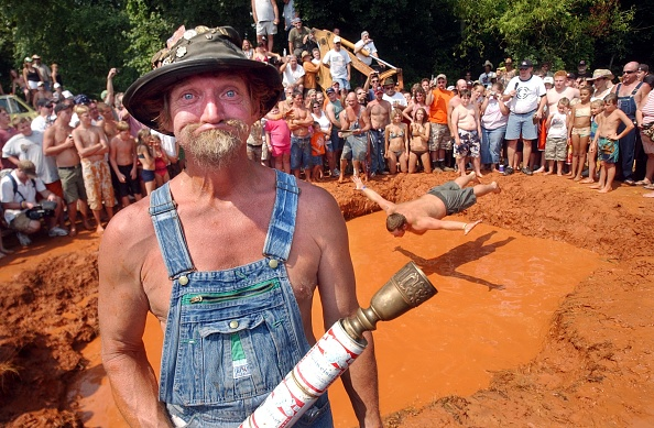 キャラクター「Contestants Get Dirty At Annual Redneck Games」:写真・画像(13)[壁紙.com]