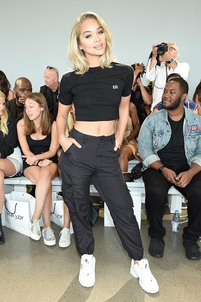 Jasmine Sanders「Nana Judy - Front Row - September 2018 - New York Fashion Week: The Shows」:写真・画像(4)[壁紙.com]