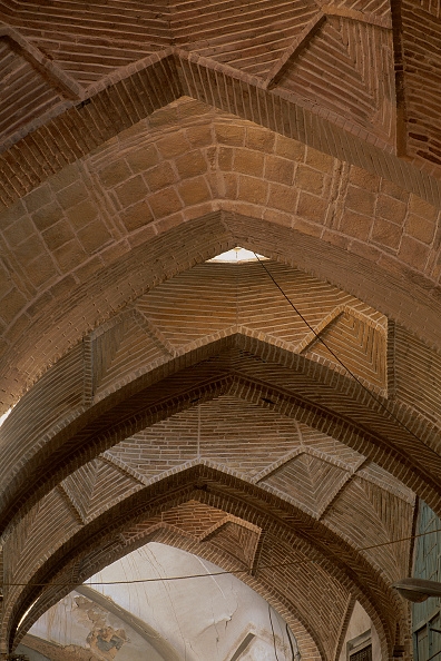 2002「Ceiling detail of the Great Souk. Esfahan, Iran.」:写真・画像(11)[壁紙.com]