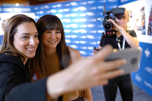 Kimiko Glenn「Annual Charity Day Hosted By Cantor Fitzgerald, BGC and GFI - Cantor Fitzgerald Office - Inside」:写真・画像(17)[壁紙.com]