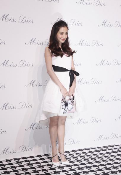 Angelababy「Miss Dior Exhibition In Shanghai」:写真・画像(0)[壁紙.com]