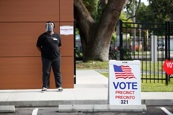 Occupation「Floridians Go To The Polls On State's Primary Election Day」:写真・画像(18)[壁紙.com]