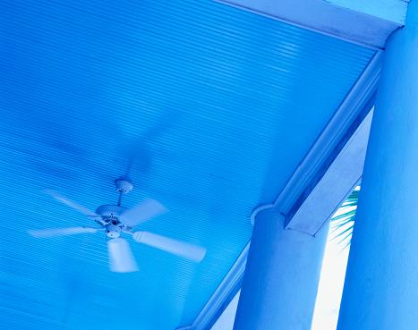 Ceiling Fan「Ceiling Fan on Porch」:スマホ壁紙(14)