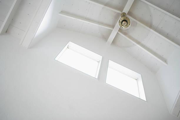 Ceiling fan:スマホ壁紙(壁紙.com)