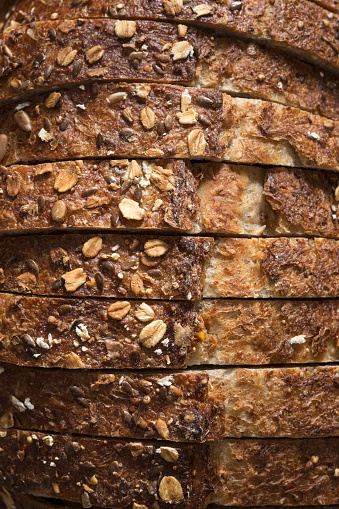 Oats - Food「Close-up of sliced whole grain oat bread」:スマホ壁紙(14)