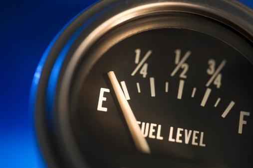 Gauge「Closeup of fuel gauge」:スマホ壁紙(14)
