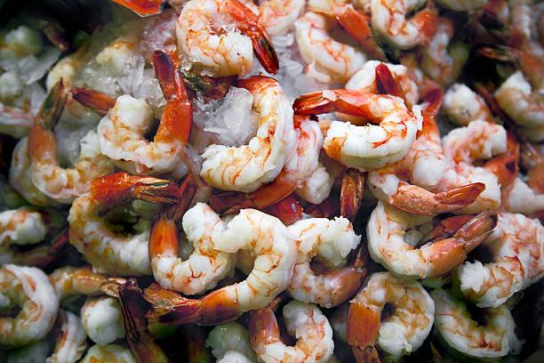 Close-up of Shrimps over Ice:スマホ壁紙(壁紙.com)