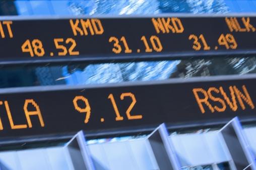Stock Certificate「Closeup of stock market ticker」:スマホ壁紙(16)