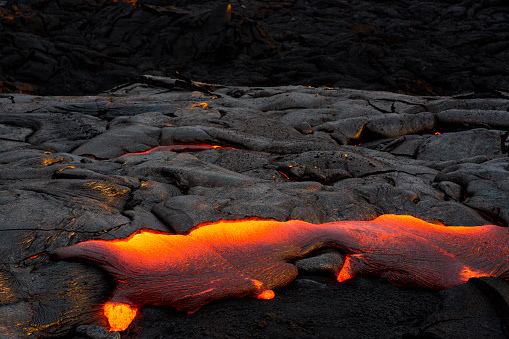Lava「Close-up of a Lava Flow on a mountain, Hawaii, America, USA」:スマホ壁紙(7)