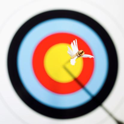 Sports Target「Close-up of arrow in bulls eye of target」:スマホ壁紙(18)