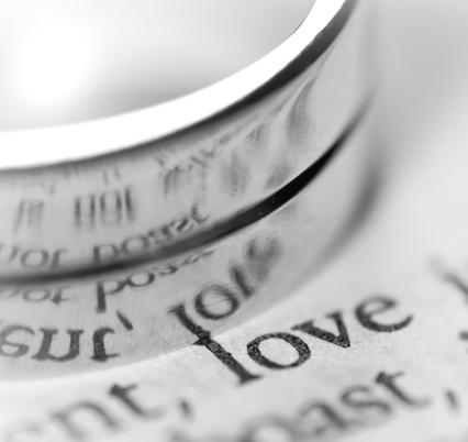 結婚「クローズアップのウェディングリング」:スマホ壁紙(10)