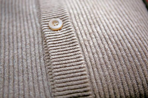 close-up of a cardigan:スマホ壁紙(壁紙.com)