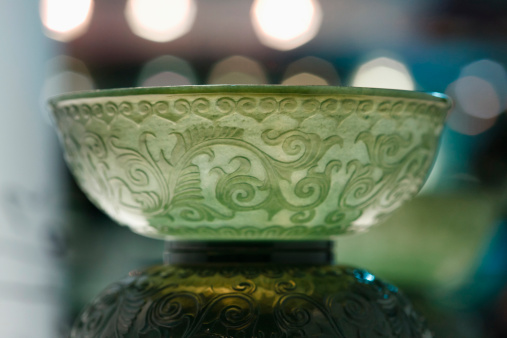 Effort「Close-up of jade sculpture」:スマホ壁紙(14)