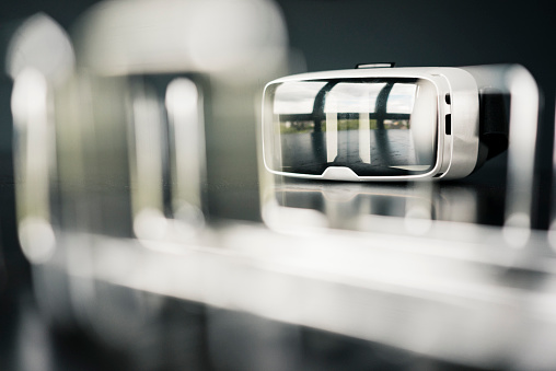 Eyeglasses「Close-up of VR glasses」:スマホ壁紙(3)