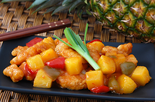 Sweet And Sour Chicken「Close-up of sweet and sour chicken with pineapples」:スマホ壁紙(3)