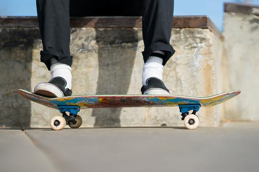 Skating「Close-up of a skateboard and its wheels」:スマホ壁紙(11)