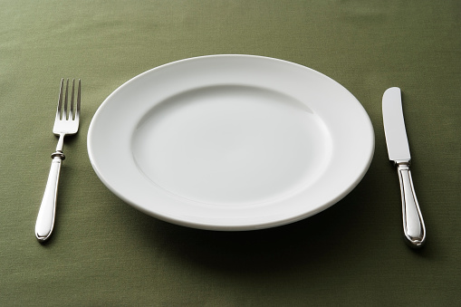 Fork「Close-up of place setting on green tablecloth」:スマホ壁紙(12)