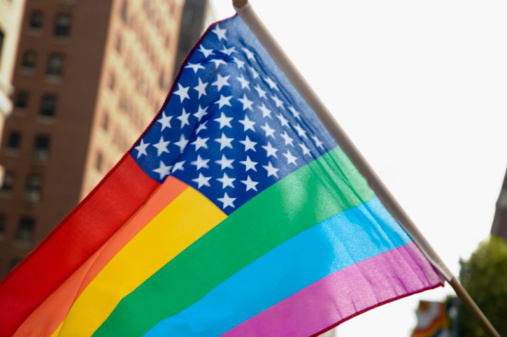 Equality「Close-up of New Glory flag on pole in front of building」:スマホ壁紙(16)