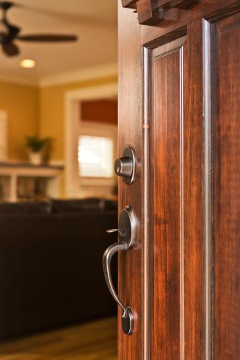 Front Door「Close-up of an open front door and handle」:スマホ壁紙(0)