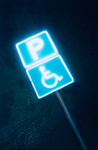 Run Over「Close-Up Of Run Over Parking Sign For Disabled People」:スマホ壁紙(12)