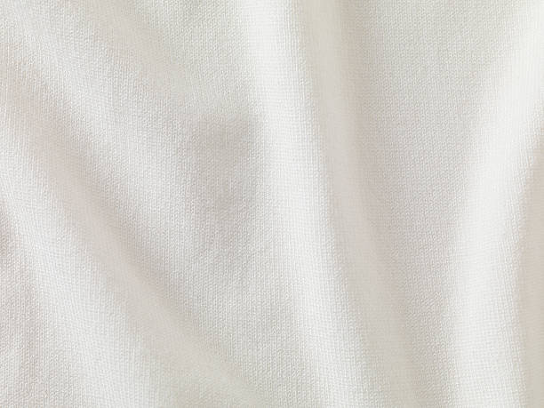 A close-up of white fabric forming a background:スマホ壁紙(壁紙.com)