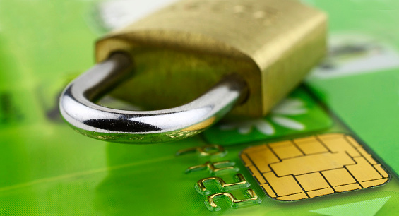 Security System「A close-up of a bank chip card with a lock on it」:スマホ壁紙(15)