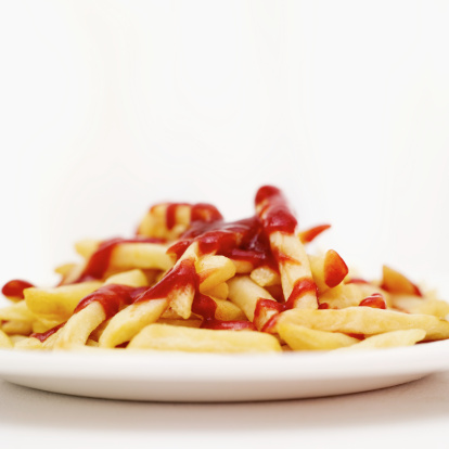 Ketchup「close-up of a plate of french fries dressed with ketchup」:スマホ壁紙(17)
