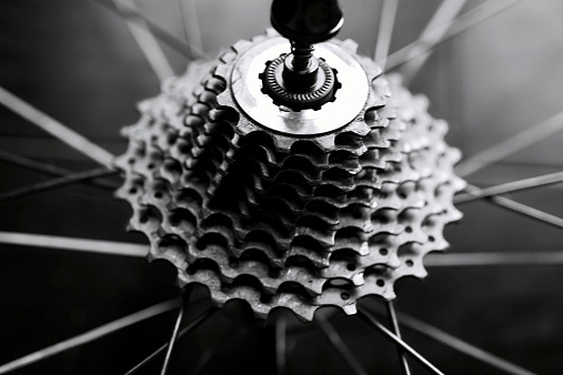 Part Of「Close-up of bicycle gears」:スマホ壁紙(16)