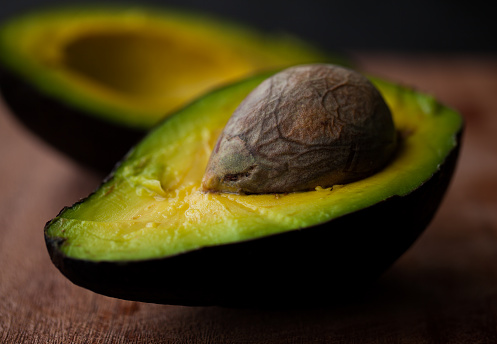 Avocado「Close-up of halved avocado fruit」:スマホ壁紙(18)