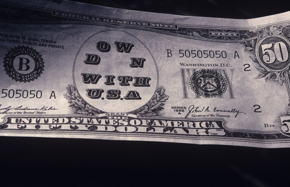 Kaveh Kazemi「Fake USD Banknote」:写真・画像(15)[壁紙.com]