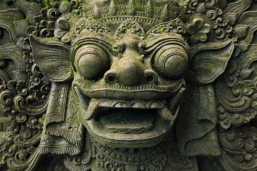 Demon - Fictional Character「Close-up of Barong Lion Guard's Face, Mossy Statue of Balinese Mythological Hero Carved From Stone」:スマホ壁紙(13)