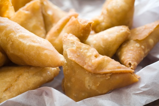 Samosa「Close-up of a Selection of Samosas」:スマホ壁紙(13)
