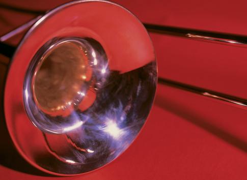 Trombone「close-up of a trombone」:スマホ壁紙(14)