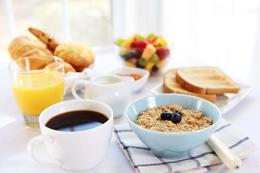 Juice「Close-up of variety of breakfast selections」:スマホ壁紙(5)