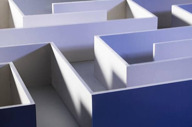Closeup of a maze:スマホ壁紙(壁紙.com)