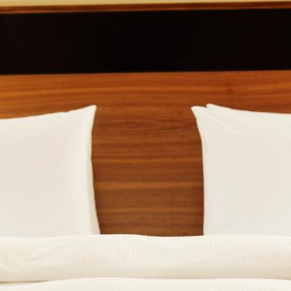 Duvet「Close-up of the head of a bed」:スマホ壁紙(18)