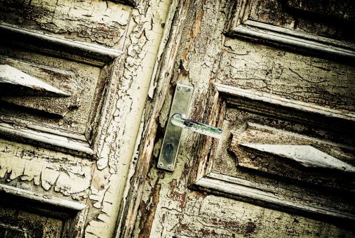 Hair Stubble「Close-up of a door」:スマホ壁紙(16)